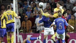 Zlatan Ibrahimovich scored an outrageous backheel goal vs Italy